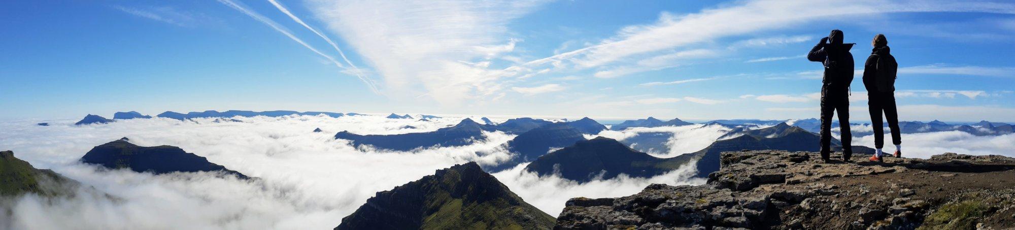 Widok na południe z najwyższego szczytu Wysp Owczych