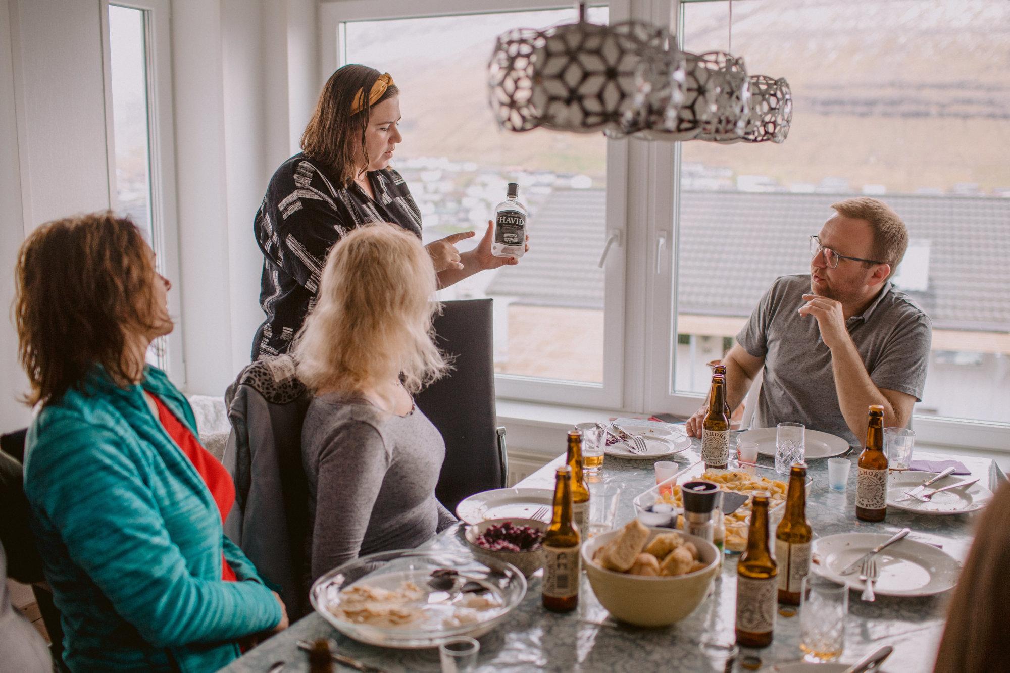 Kolacja farerska podczas wycieczki na Wyspach Owczych