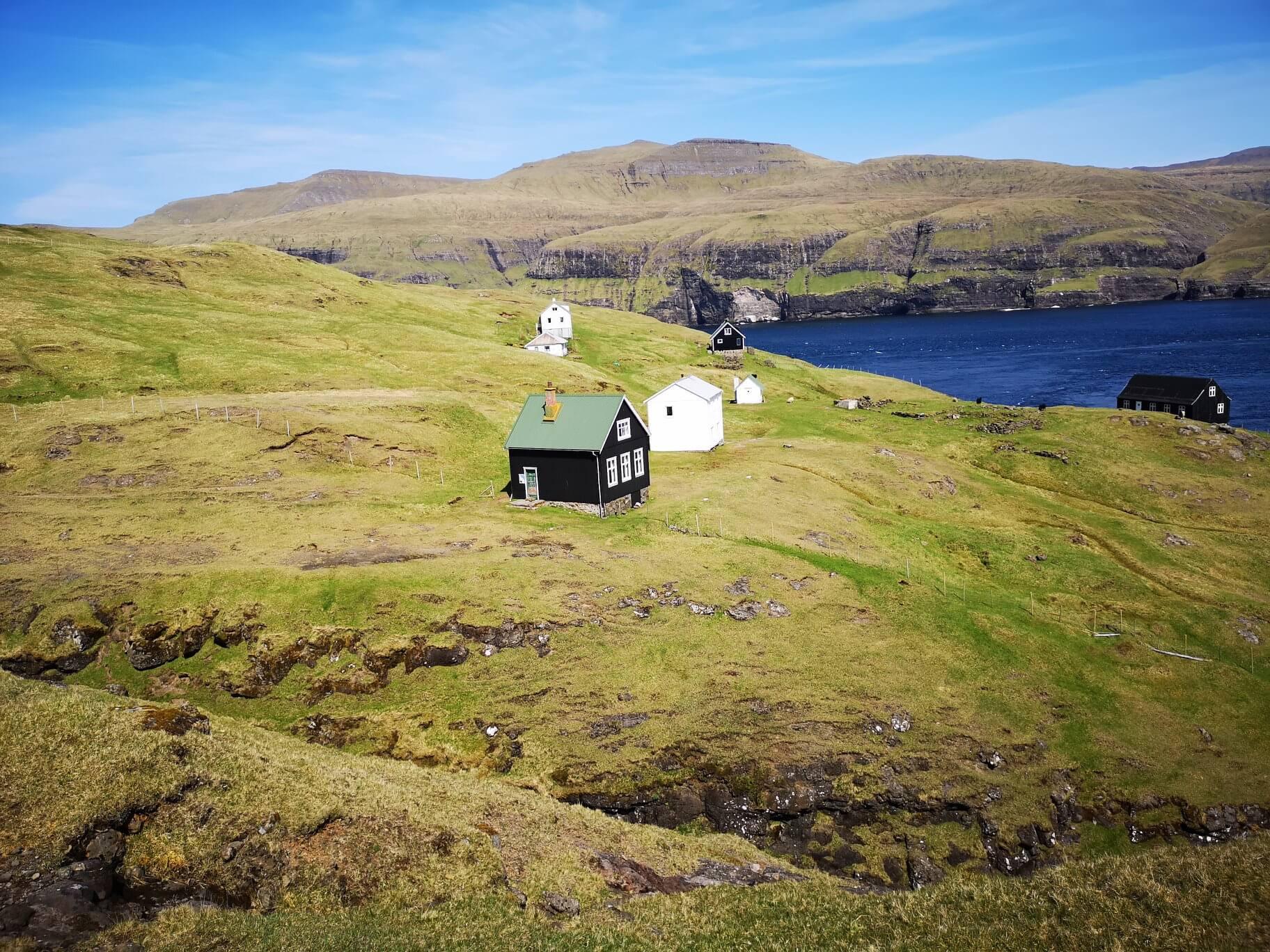 Opuszczona miejscowość Slættanes na Wyspach Owczych