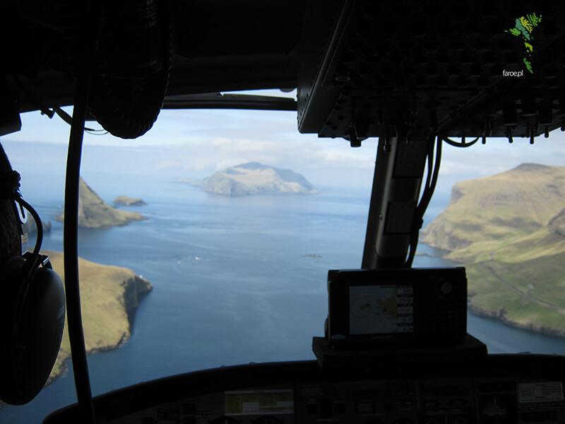 Helikopter w drodze na Mykies, Wyspy Owcze