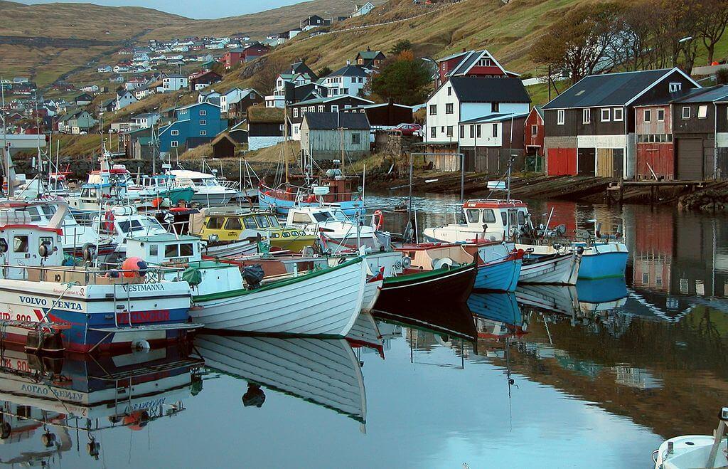 Port w Vestmanna na Wyspach Owczych