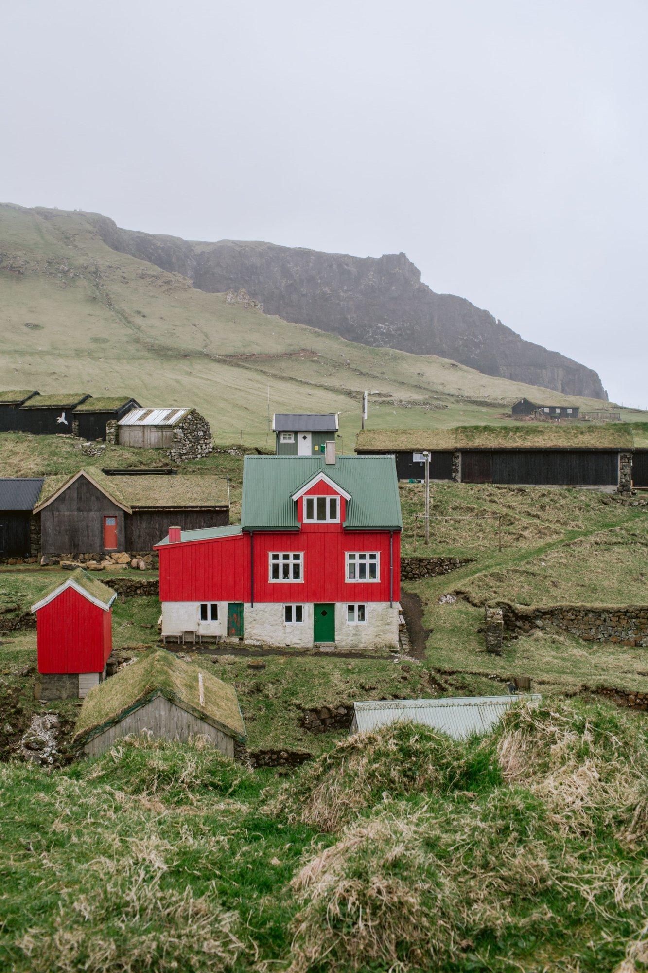 Czerwony dom na Mykines