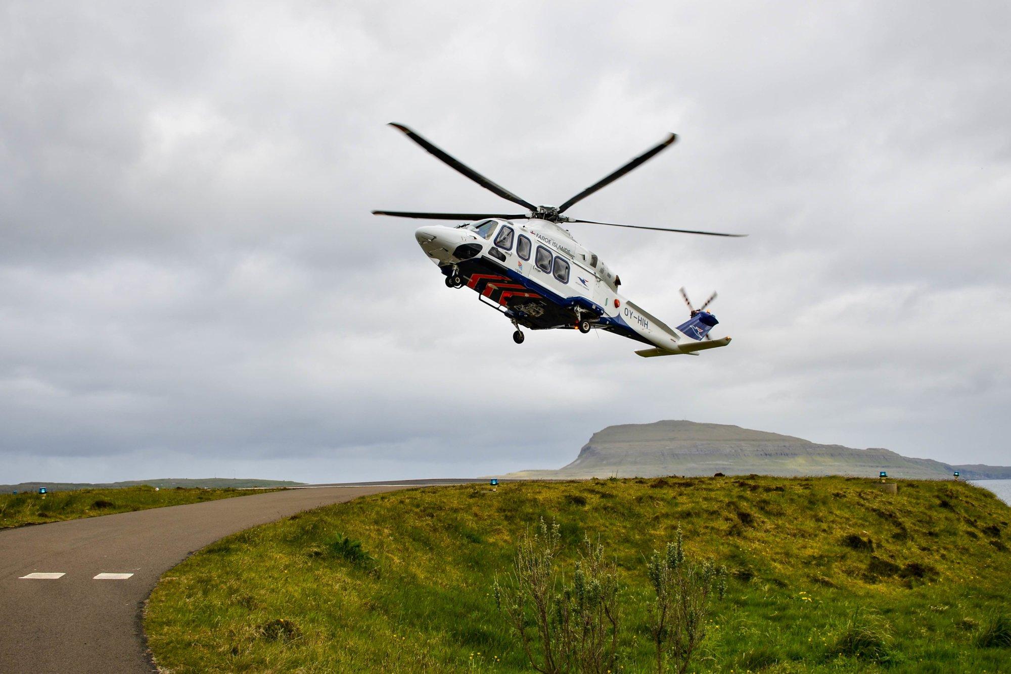 Helikopter na Wyspach Owczych